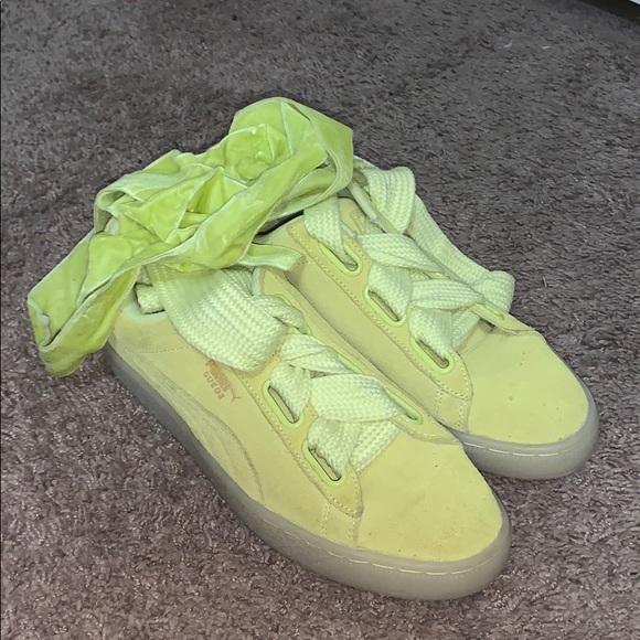 neon yellow pumas
